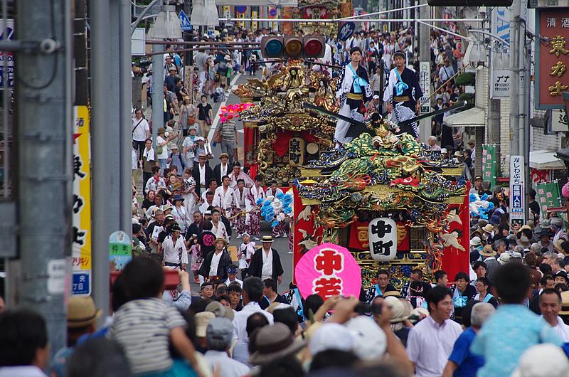 ユネスコ無形文化遺産を記念した「全町大屋台パレード」